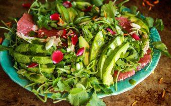 Arugula Salad With Avocado, Grapefruit and Chicken